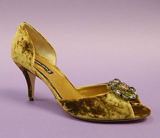 Claudia Ciuti bronze moss velvet jeweled heaven