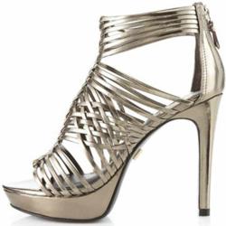 Pour-la-Victoire-Aurora-Metallic-Platform-Sandals-_2