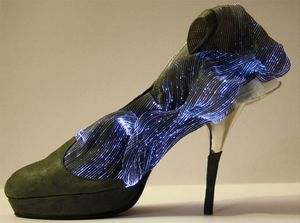 Fransesca-castagnacci-fiber-optic-shoes-2