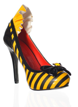 Rub-884081-striped-yellow-bumblebee-high-heel-shoes-side-r
